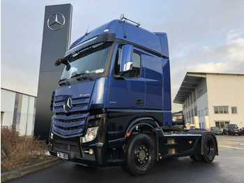 Tracteur routier Mercedes-Benz Actros 1851 LS GigaSpace Retarder Safety Pack