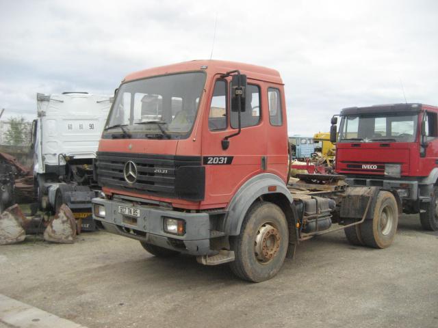 tracteur routier Mercedes SK 2031