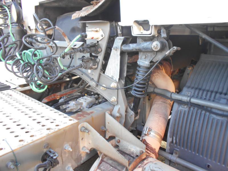 tracteur routier Volvo FH12 460