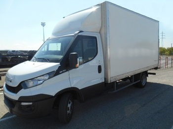 Fourgon grand volume IVECO Daily 35C13