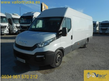 Fourgon grand volume IVECO Daily 35S16