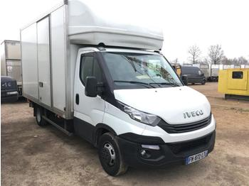 Fourgon grand volume Iveco Daily 35C14