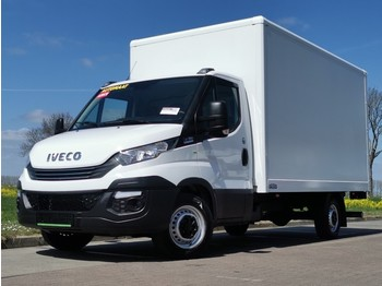 Fourgon grand volume Iveco Daily 35S16 bakwagen + laadklep