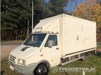 Fourgon grand volume Iveco Turbo daily 35-10