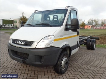 Fourgon plateau Iveco Daily 60C15