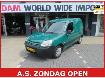 Fourgon utilitaire CITROEN Berlingo 1.6 HDI 600 First