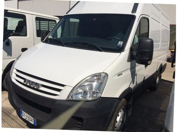 Iveco 35S12 - fourgon utilitaire