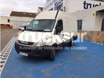 Fourgon utilitaire Iveco 35S13