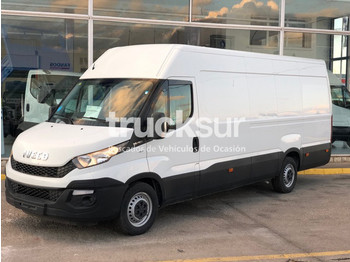 Fourgon utilitaire Iveco 35S13 V 16M3