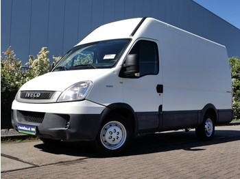 Iveco Daily 35S14 - fourgon utilitaire