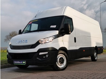 Fourgon utilitaire Iveco Daily 35 S 18