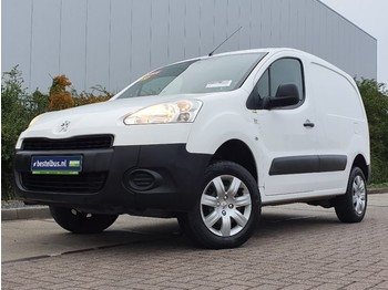 Fourgon utilitaire Peugeot Partner 1.6 hdi ac 4 x 4 !!