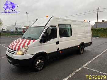Véhicule utilitaire Iveco Daily 3.0 HPi - DOUBLE CAB - MARGEWAGEN Euro 4: photos 1