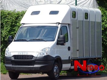 Iveco Daily Horse truck IFOR WILLIAMS Camera Airco - véhicule utilitaire