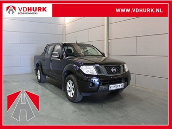 Nissan Navara 2.5 dCi XE King Cab 145 pk Double-Cab/Trekhaak/LM/Airco/4WD/4X4 - véhicule utilitaire